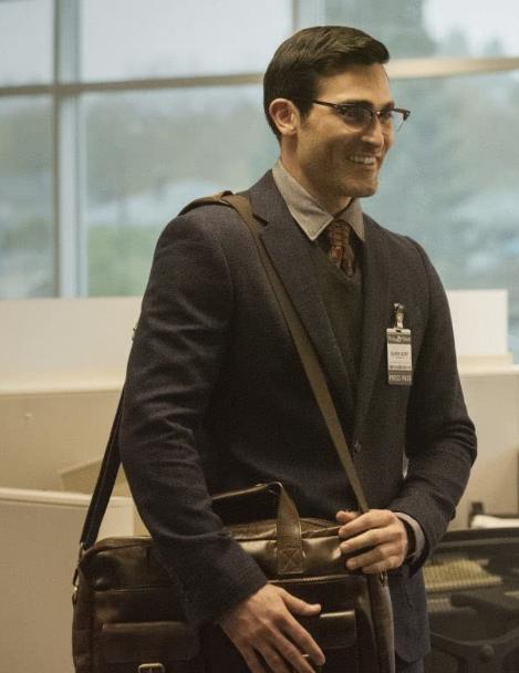 Tyler Hoechlin as Clark Kent in Superman & Lois (2021)