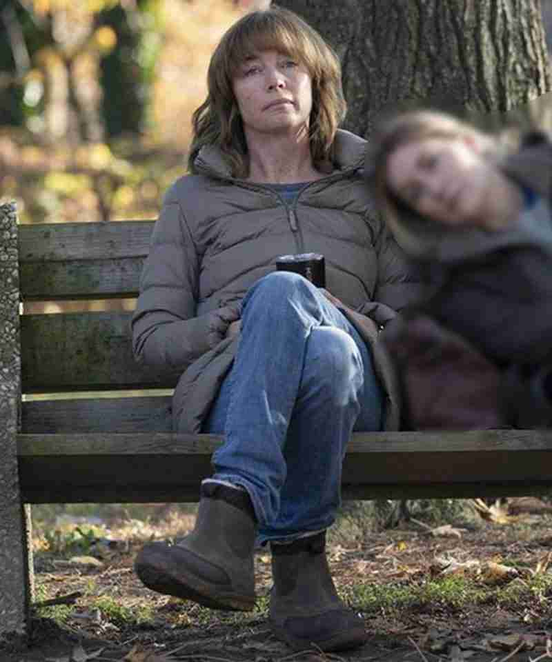 Lori Ross TV Series Mare of Easttown (2021) Julianne Nicholson Puffer Jacket